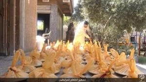Islamic State Preparing food for the Mujahideen on the Front-lines in Wilayet ‪‎Fallujah 3